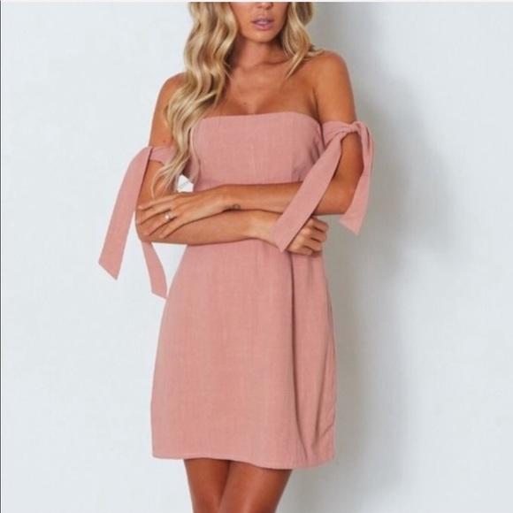 White Fox Boutique Dresses & Skirts - White Fox Boutique Off Shoulder Mini Dress Pink